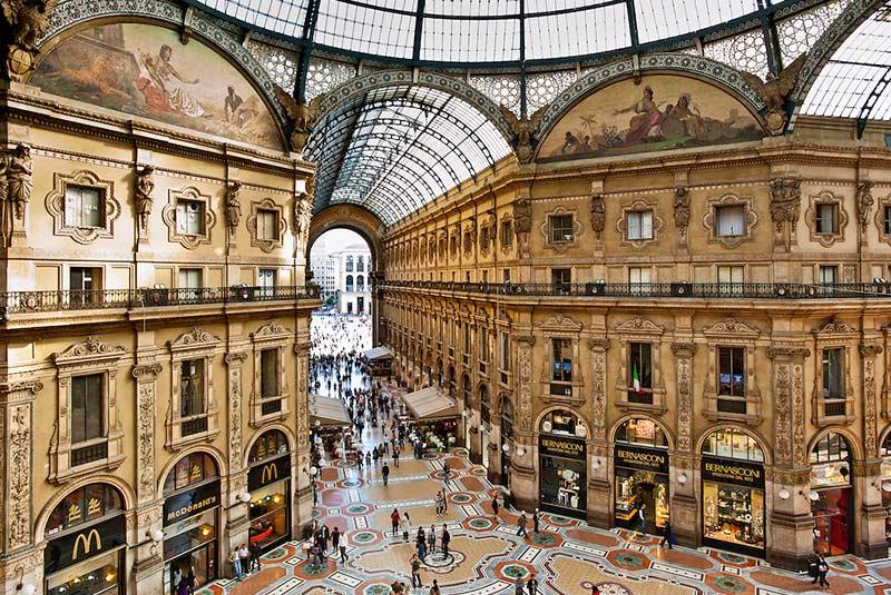 گالریا ویتوریو امانوئله در میلان