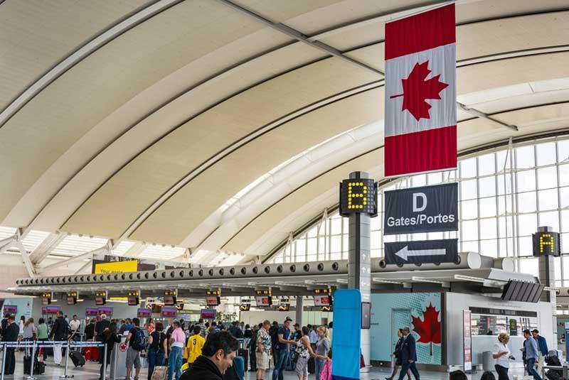 فرودگاه پیرسون تورنتو
