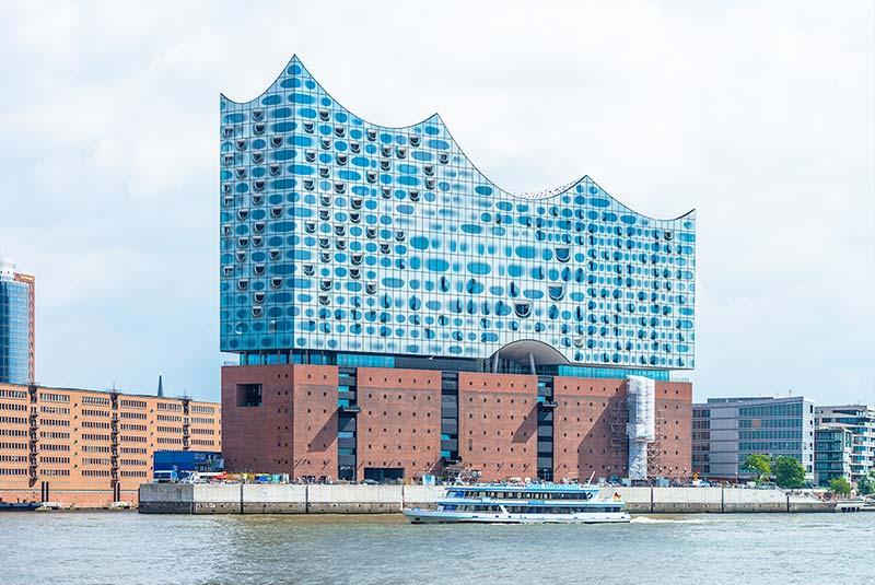 ساختمان الب فیلارمونی در هامبورگ