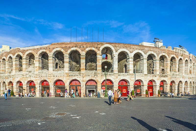 آمفی تئاتر رومی در وروناا