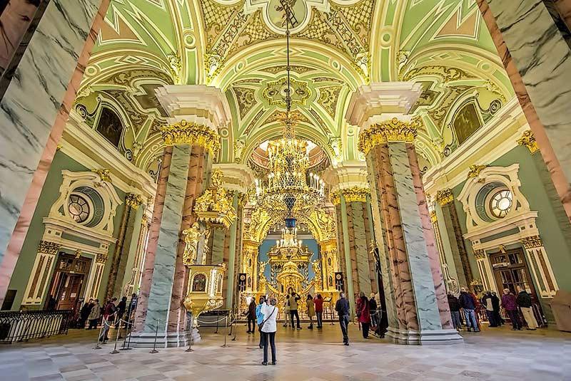 کلیسای جامع پیتر و پاول در سن پترزبورگ