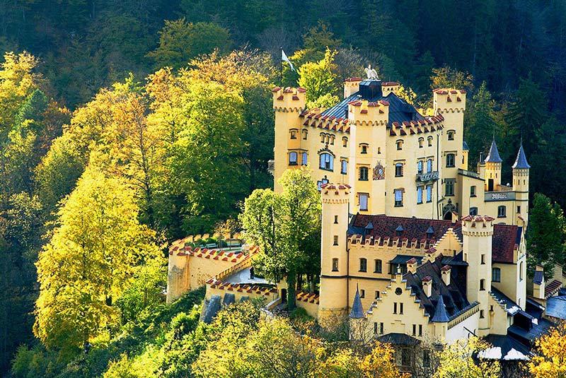قلعه هوهن شوانگو در آلمان