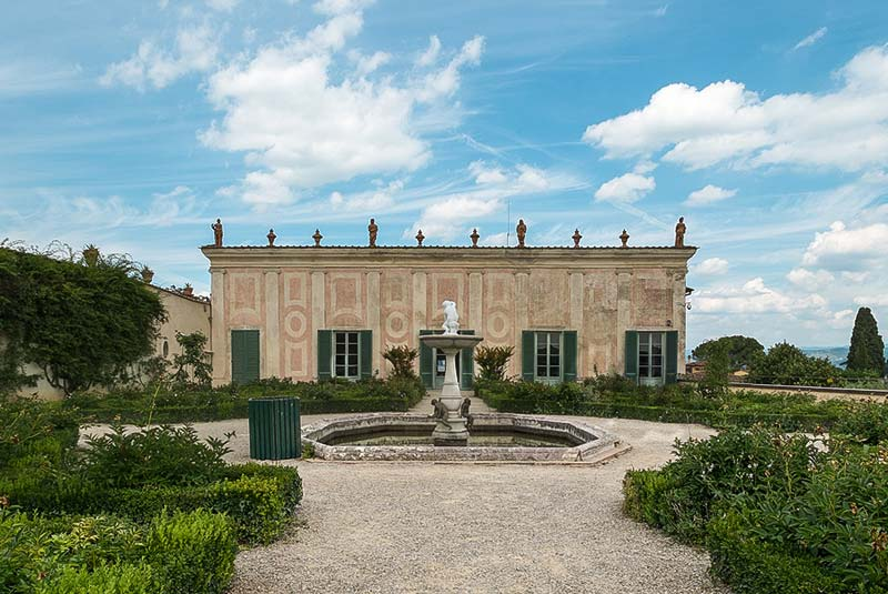 کاخ پیتی - موزه سرامیک فلورانس