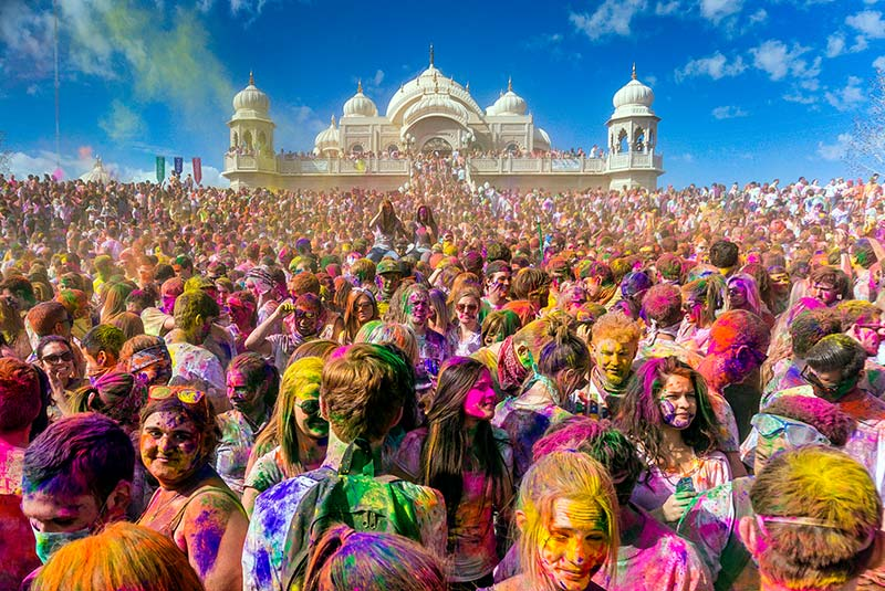فستیوال رنگ هولی در هند