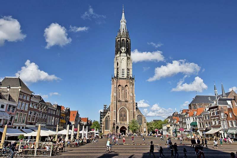 برج کلیسای کهن دلفت هلند