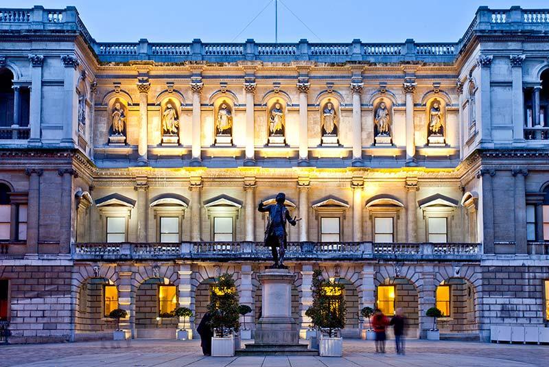 محله می فر لندن - آکادمی سلطنتی هنر