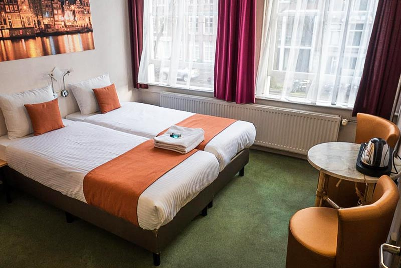 هتل های ارزان آمستردام