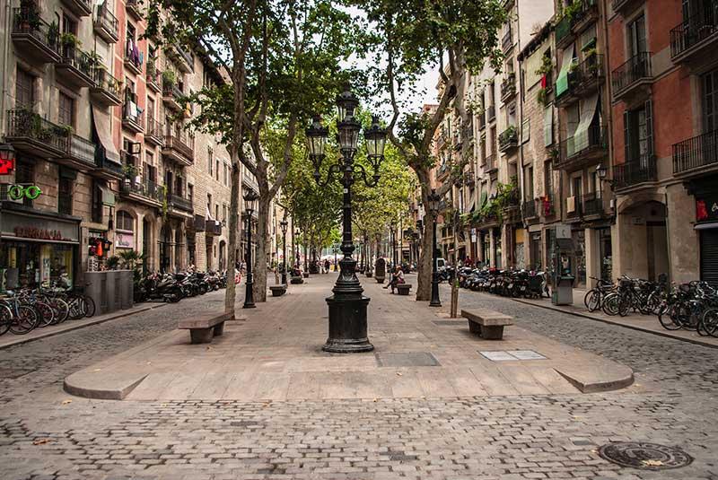 خیابان پسیج دل بورن در بارسلونا