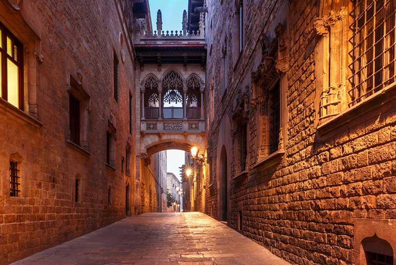 خیابان کرر دل بیسبه در بارسلونا