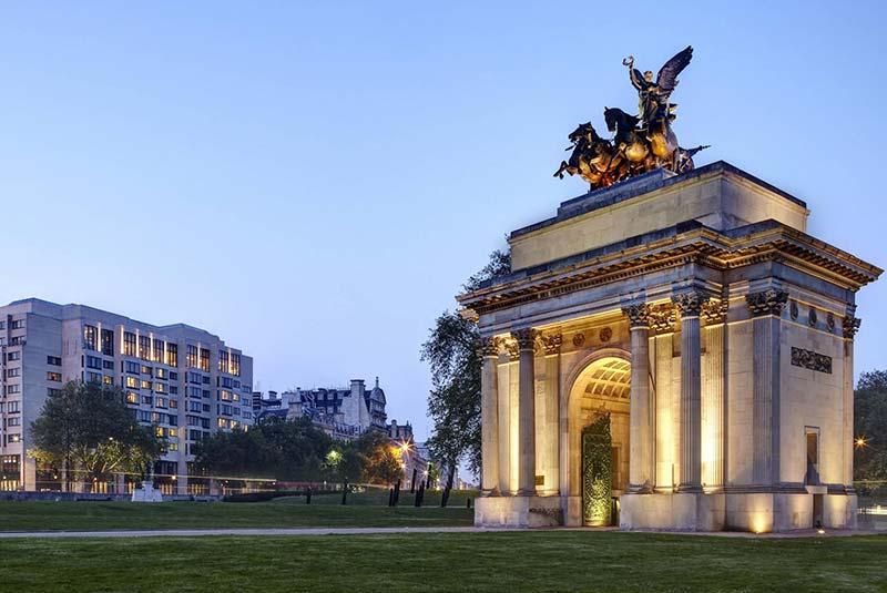 محله می فر لندن - طاق ولینگتون