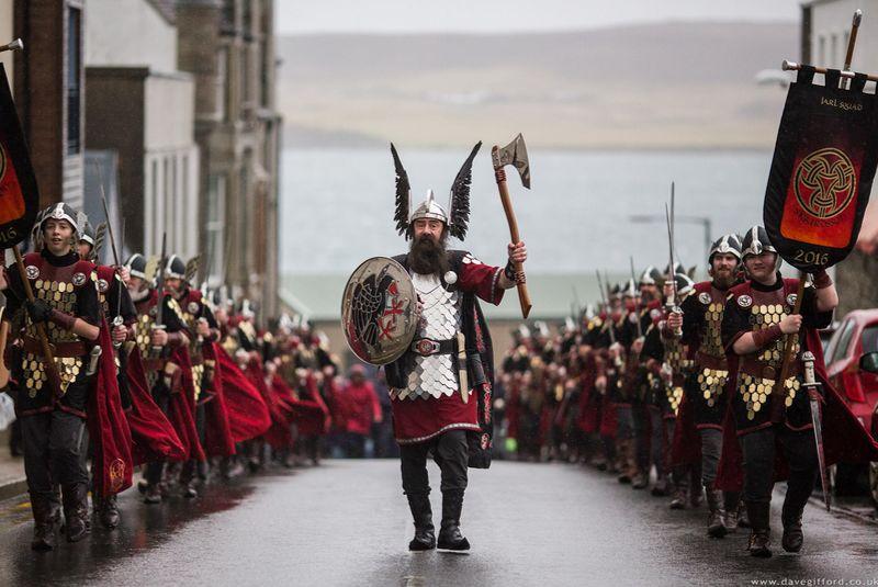 فستیوال آتش اپ هلی آ اسکاتلند