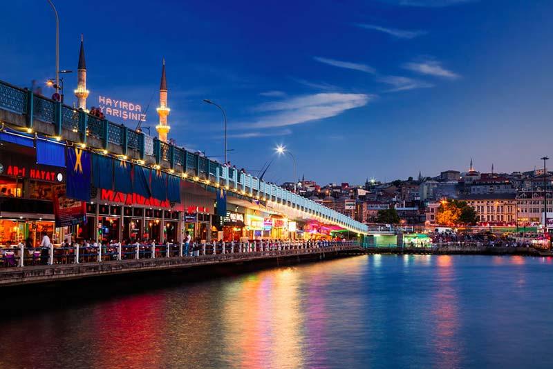 پل گالاتا در استانبول