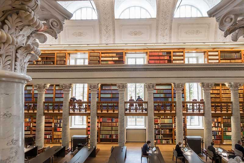 کتابخانه ملی فنلاند در هلسینکی