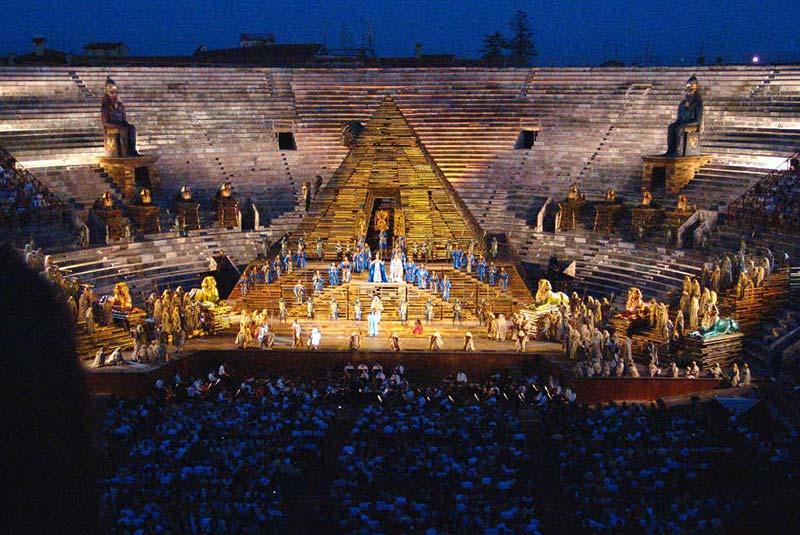 فستیوال اپرا در ورونا ایتالیا