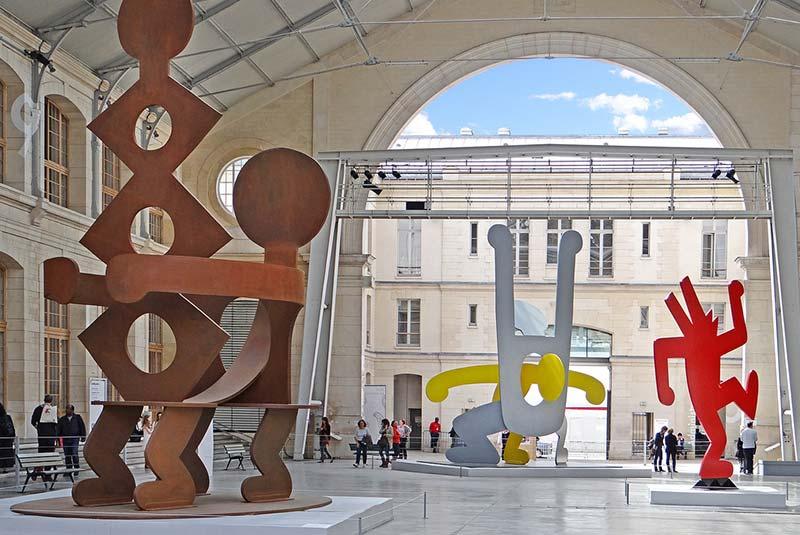 مرکز فرهنگی لو سان کتخ در پاریس