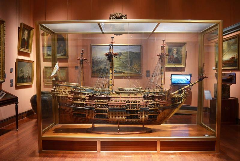 موزه نیروی دریایی مادرید