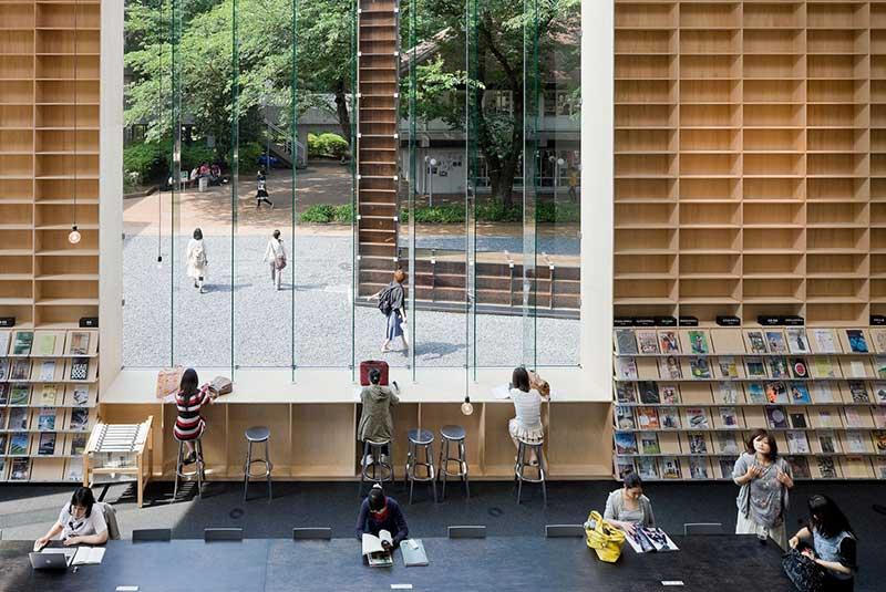 کتابخانه دانشگاه هنر موساشینو
