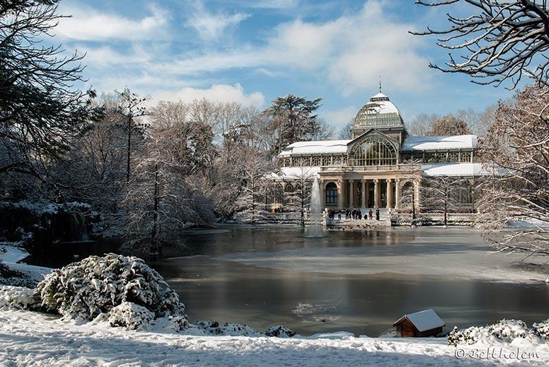 پارک رتیرو مادرید در زمستان