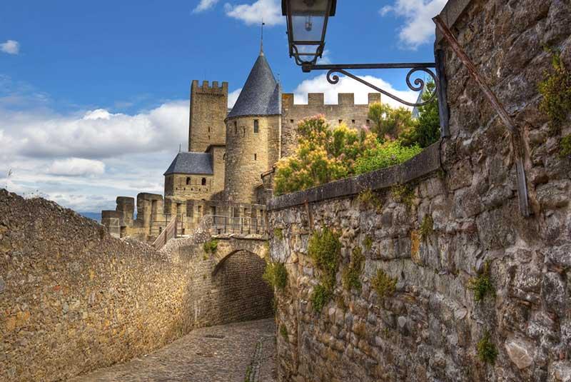شهر قرون وسطایی کارکاسون در فرانسه