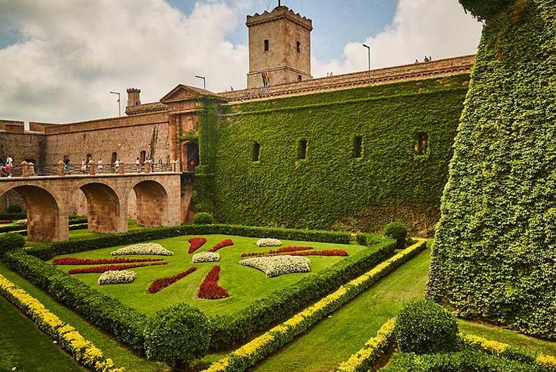قلعه مونجوئیک در بارسلون