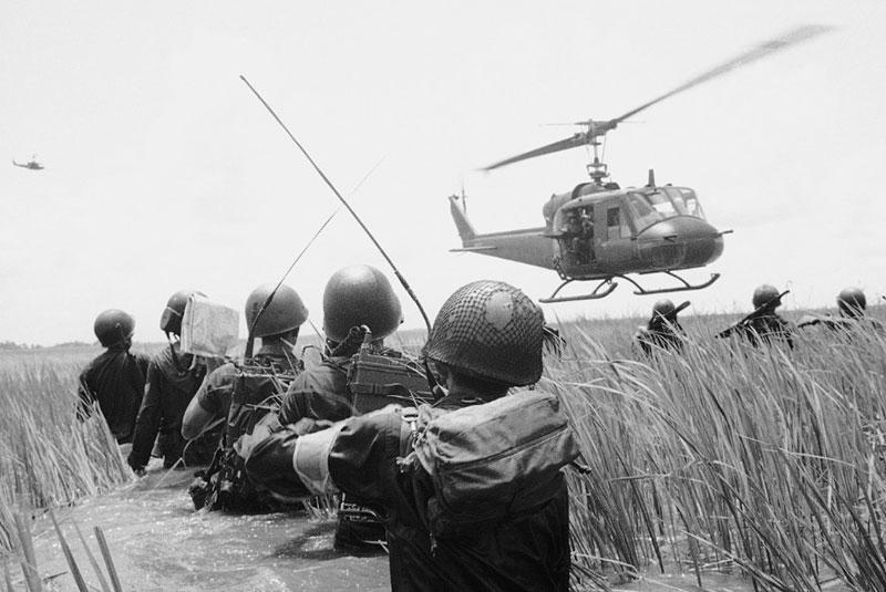 جنگ ویتنام، خلیج تونکین