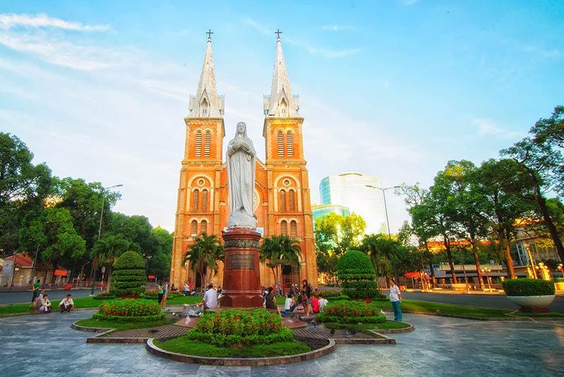 کلیسای جامع شهر هوشی مین در ویتنام