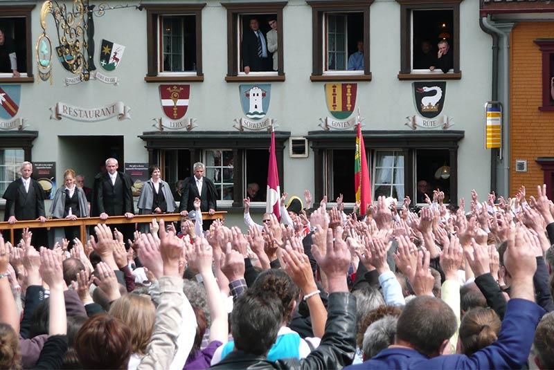 سیستم رای گیری در سوئیس
