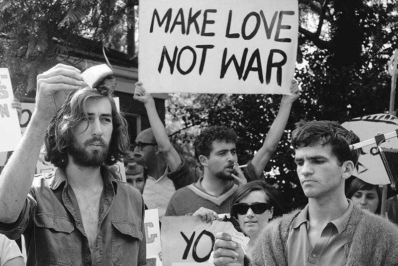 اعتراضات علیه جنگ ویتنام