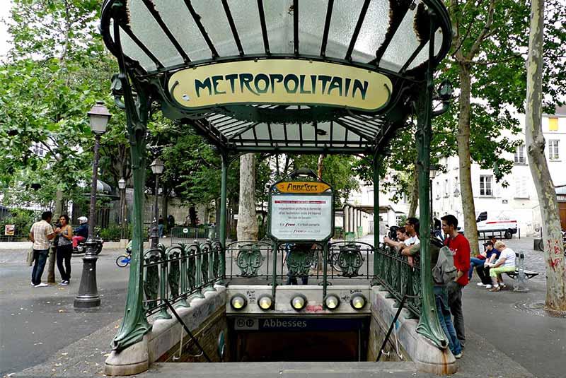 ایستگاه مترو ابس پاریس