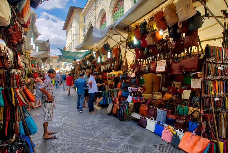 بازار روباز سن لورنزو
