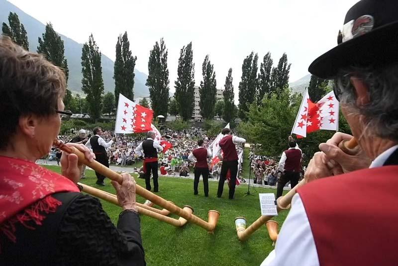 آداب و رسوم سوئیس