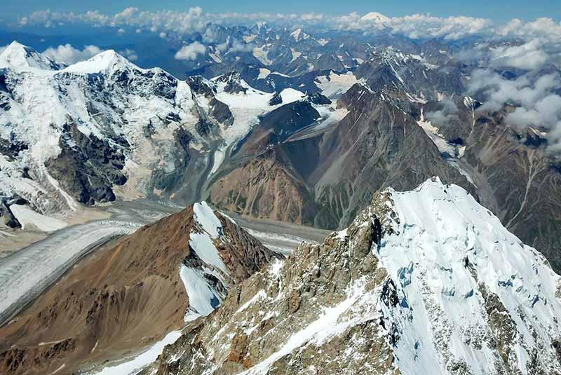 قله دیخ-تائو