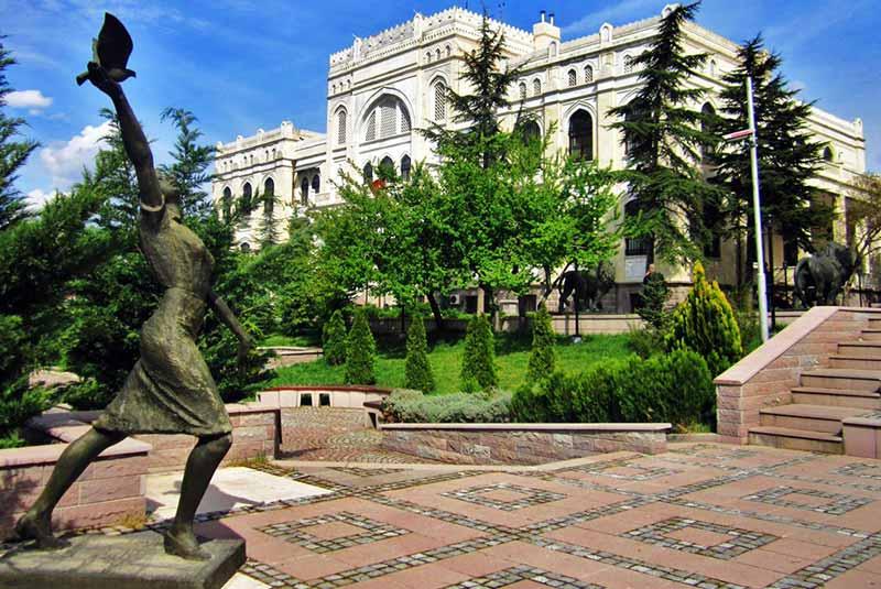 موزه نقاشی و مجسمه آنکارا