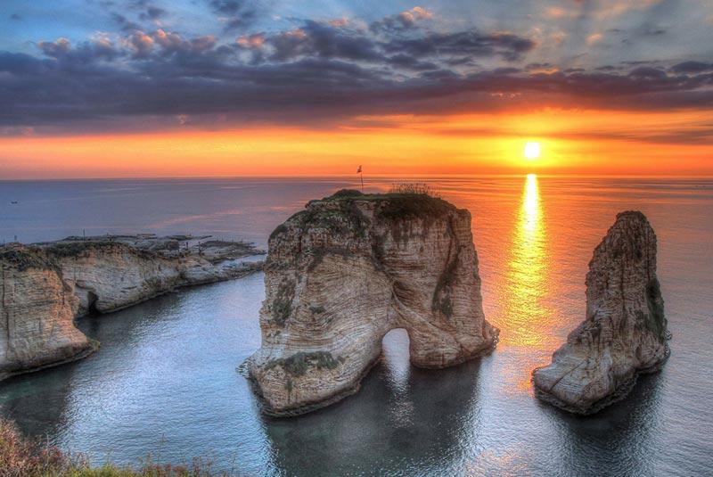 صخره های کبوتر بیروت