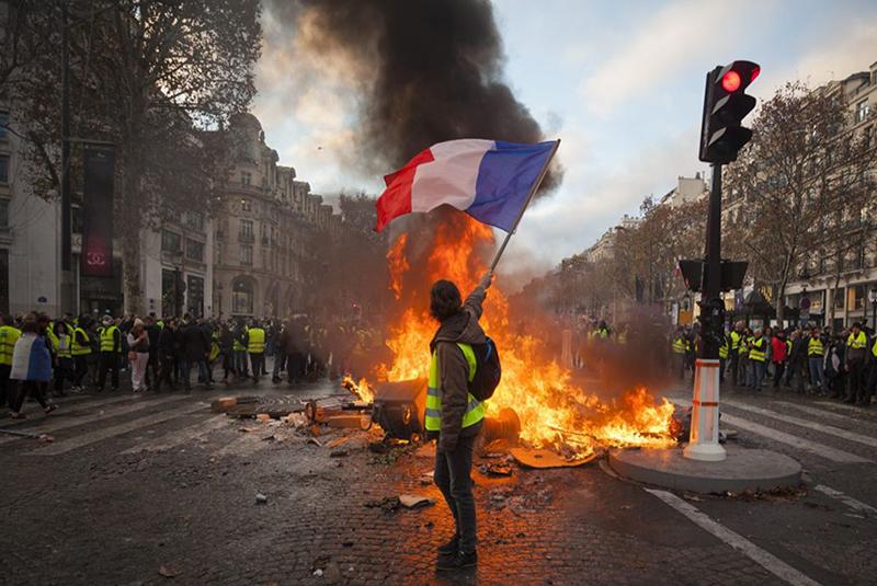 اعتراض جلیقه زردها در فرانسه