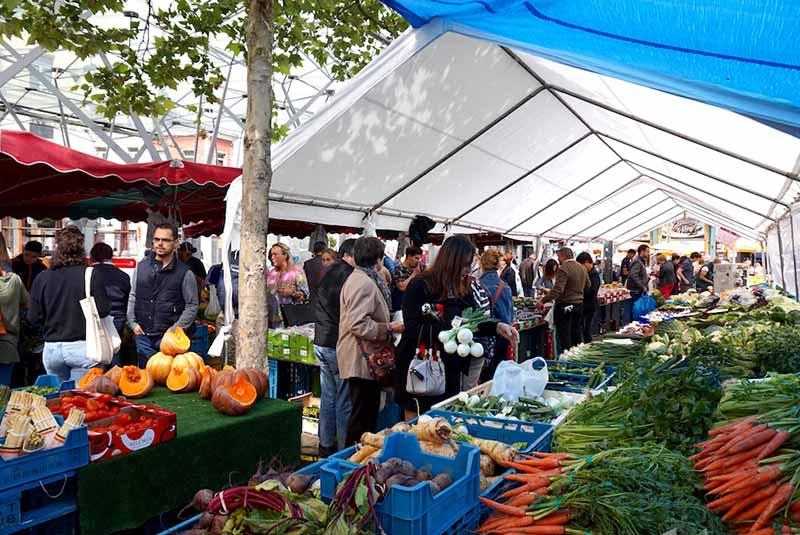 بازارهای محلی بروکسل