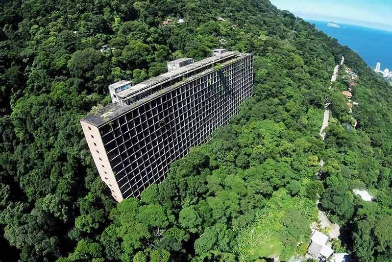 هتل متروک ریو دوژانیرو