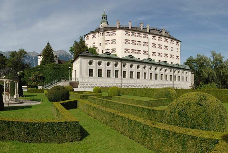 قلعه آمبراس اینسبروک