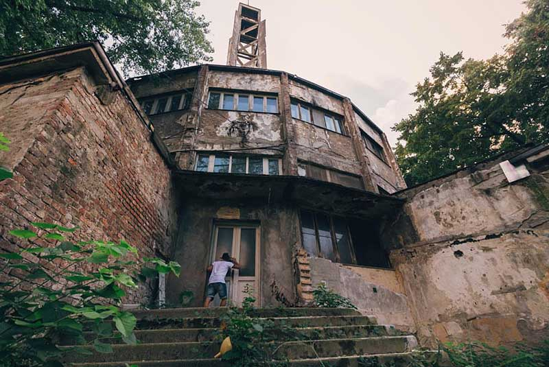 کمپ بلگراد