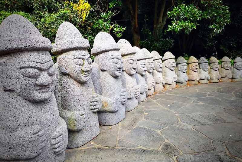 مجسمه های هاریوبانگ جیجو