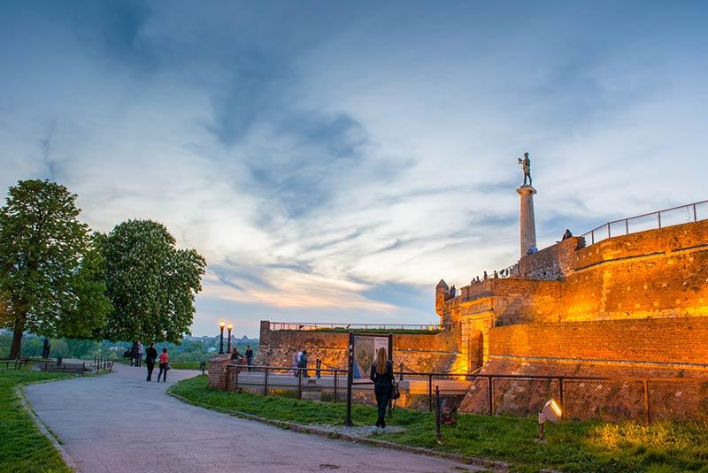 سفر تنهایی به صربستان