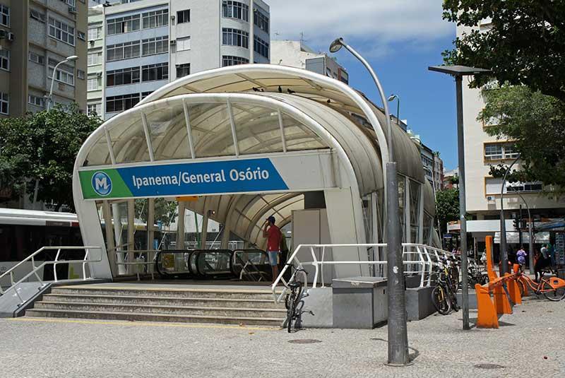ایستگاه مترو ریو