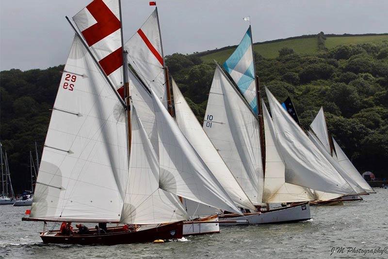 مسابقه قایق سواری پلروان