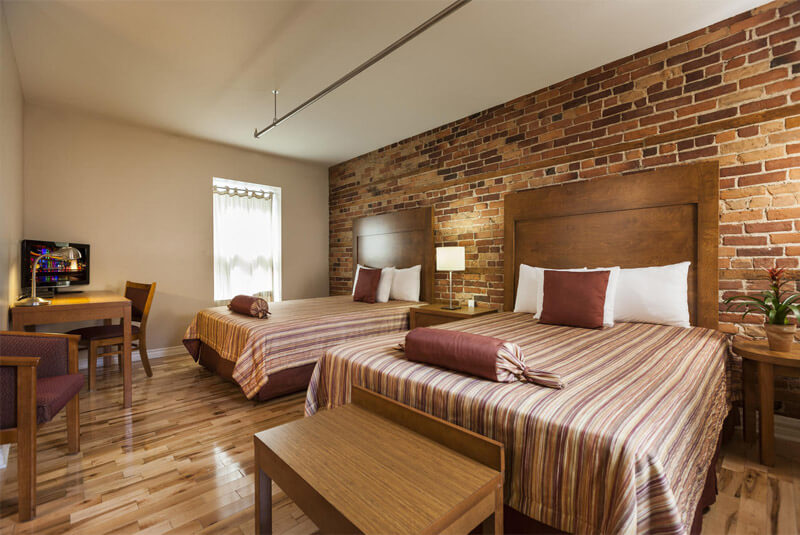 هتل کوآرتیر دی اسپکتکلس مونترآل