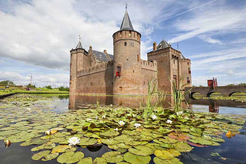 روز قلعه ها هلند