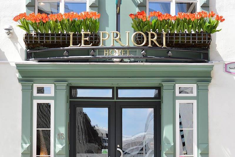 هتل لوپریوری کبک