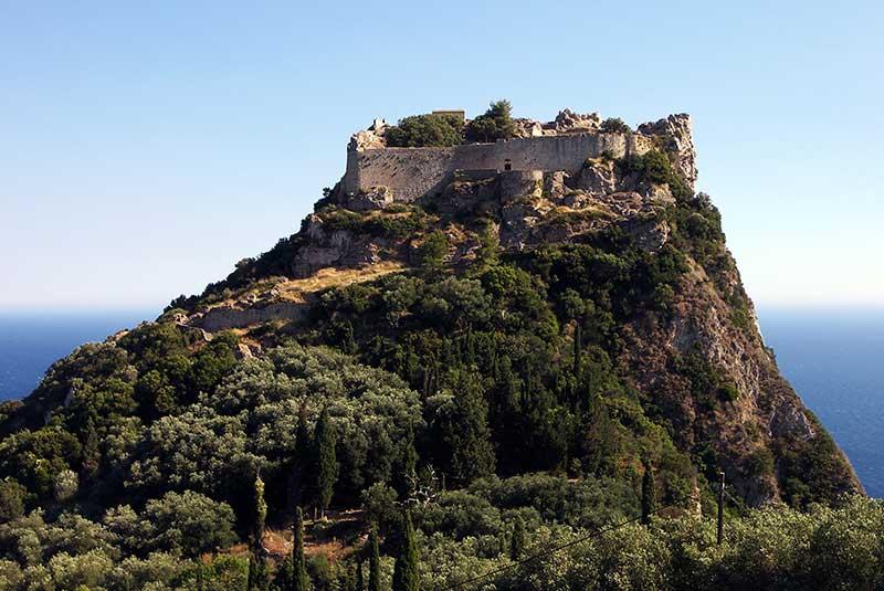 قلعه آنگلو کاسترو بیزانسی
