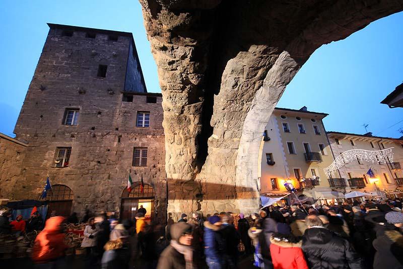 جشن سنت اورسو ایتالیا