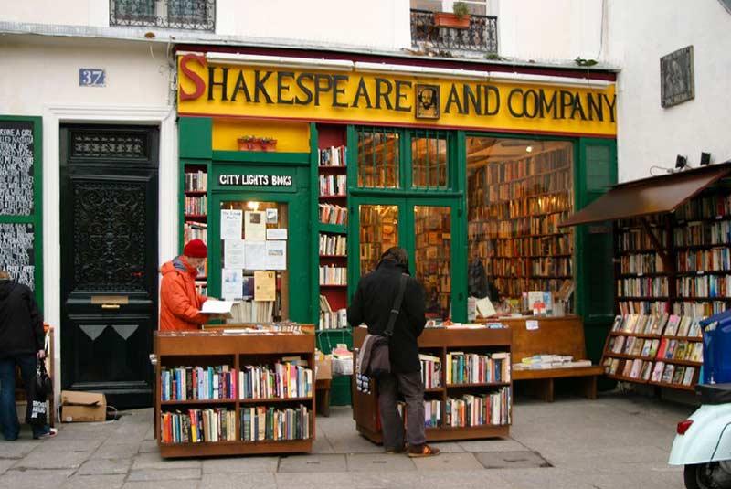 کتابفروشی شکسپیر - محله لاتین پاریس