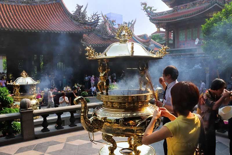 معبد منگجیا لونگشان - تایوان